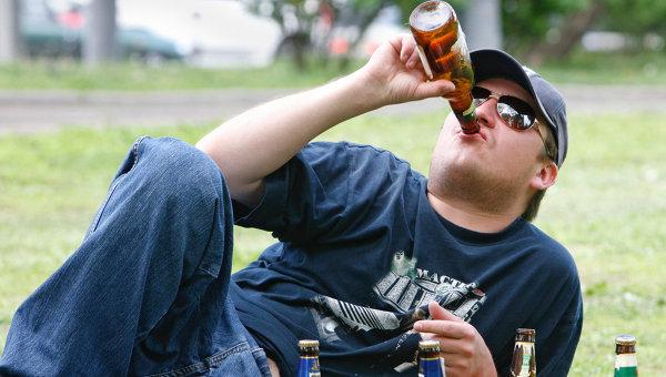 Продажу алкоголя в парках и на пляжах могут запретить