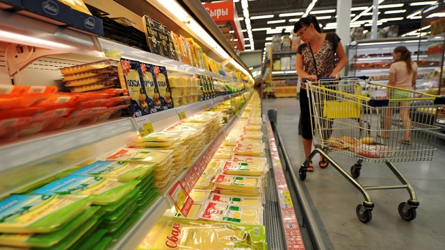 Последствия эмбарго: не все продукты удалось заменить отечественными