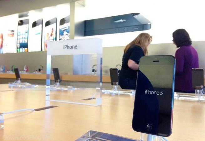 Россияне выбирают дорогие iPhone 5S