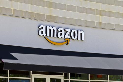Amazon возглавила рейтинг самых дорогих ритейл-брендов