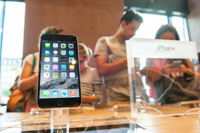 ФАС недовольна ценами iPhone 6S и6S Plus в РФ