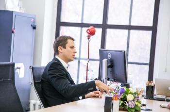 Сооснователь KupiVIP Владимир Холязников ушел с поста гендиректора компании 2be99e8d140