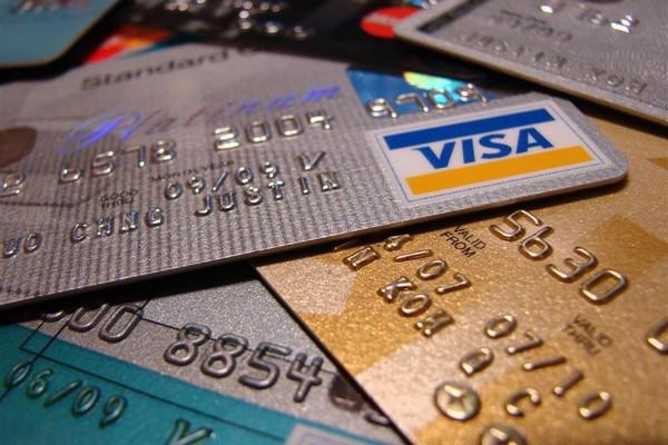 c633290060b Интернет-магазины в России обяжут принимать банковские карты - New ...