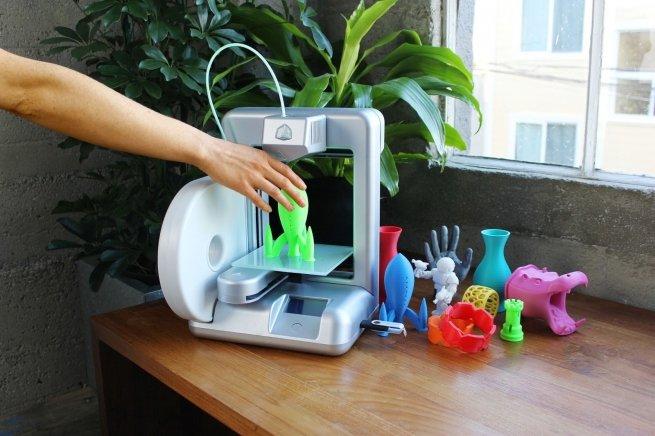 Компания Amazon начала печать игрушек и украшений на 3D-принтере