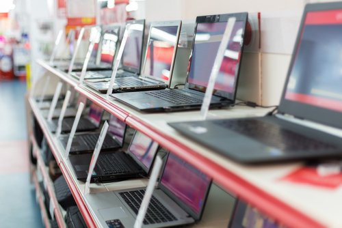 Псковский губернатор предложил вчетыре раза повысить пошлину назарубежную электронику