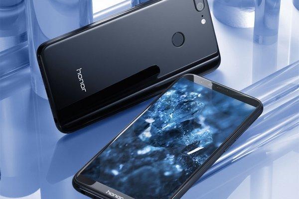 Китайский смартфон впервые возглавил рейтинг самых продаваемым в России
