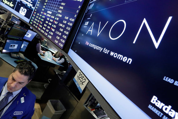 Avon смогла договориться с инвесторами
