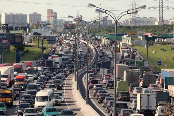 Владельцев новых ТРЦ могут обязать строить развязки и парковки - New ... 573c2885f9a