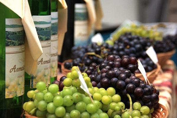 Минпромторг анонсировал «Недели российского вина» в октябре