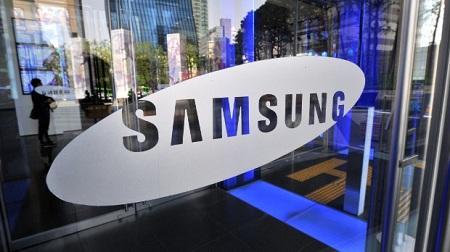 Samsung опровергла информацию о покупке BlackBerry