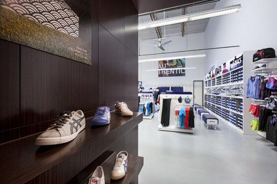 Продажи спортивного бренда ASICS в Европе выросли до 13% в 2014 году