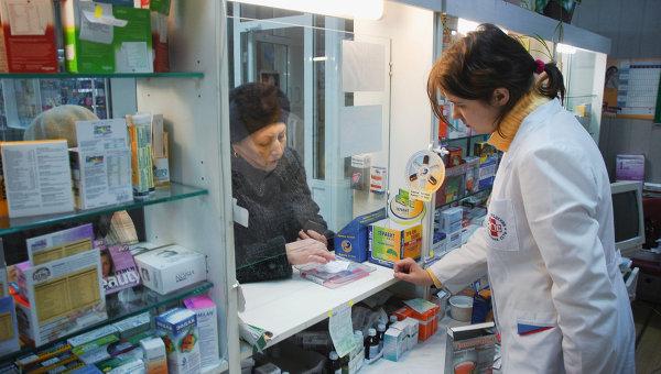 Аптеки обяжут продавать рецептурные препараты