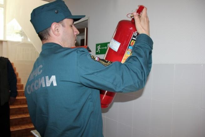 МЧС проверило 17 тысяч объектов после пожара в ТЦ в Кемерово