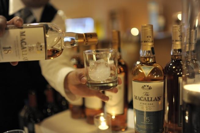 Импорт алкоголя в РФ сократился на рекордные 11,2%