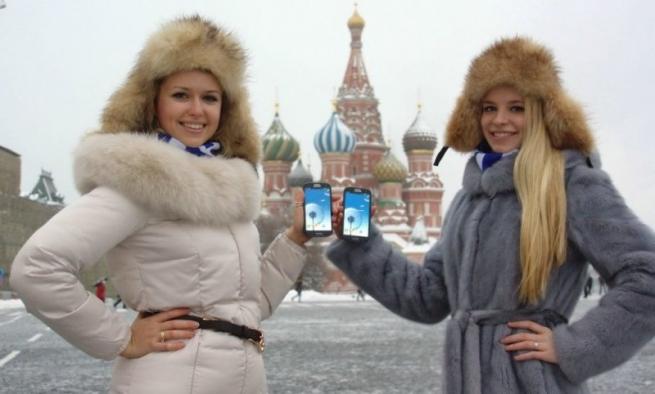 Продажи смартфонов в России активно растут