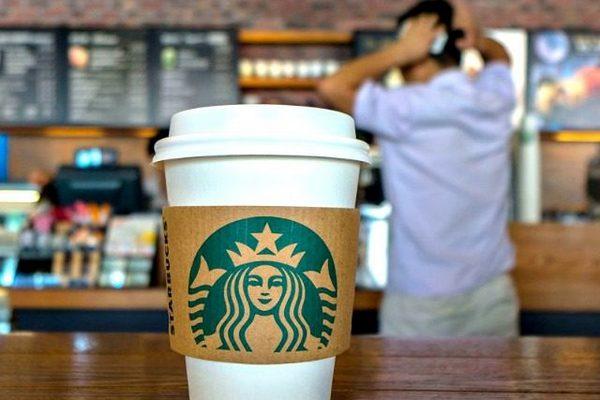 Американцы объявили бойкот Starbucks из-за расистского скандала