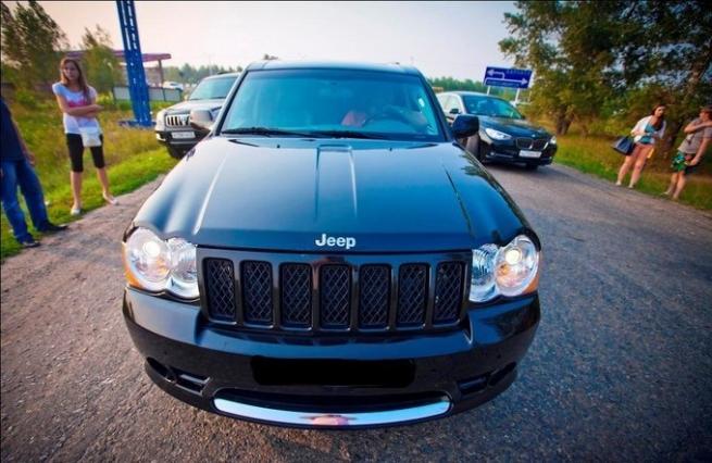 Chrysler отзывает в России более 12 тысяч внедорожников