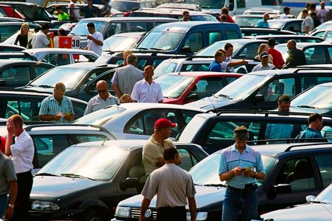 Россияне перешли на подержанные авто из-за роста цен на новые машины