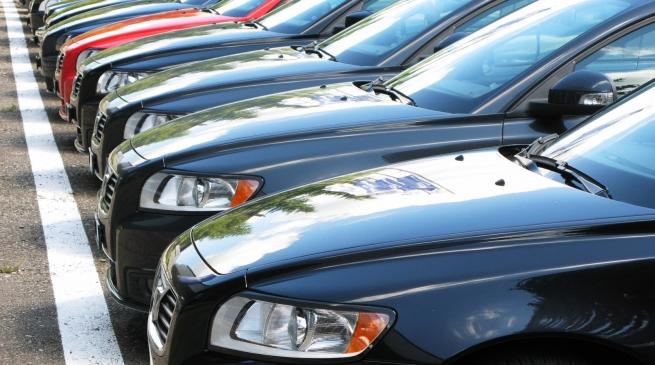 «Автостат» назвал самые популярные у россиян машины на «автомате»