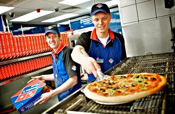 Франчайзи Domino s Pizza в России оценил себя в  422 млн - New Retail 98d14027d97