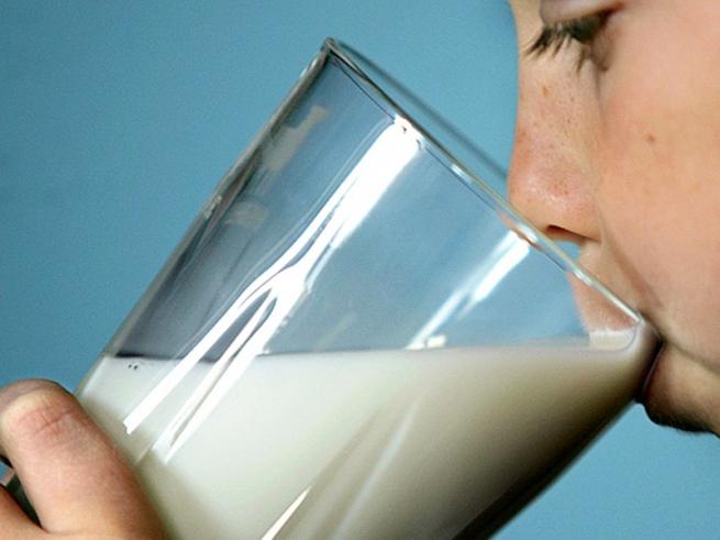 Молочников могут обязать платить «налог на СРО»