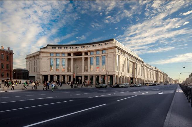 Из петербургского ТРК «Галерея» ушло больше 35 арендаторов