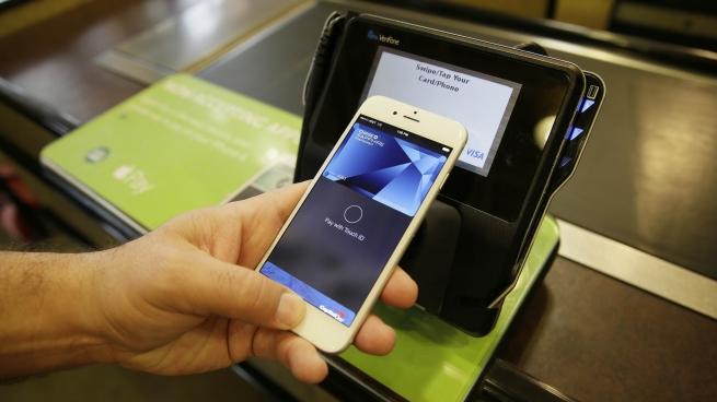 Платежную систему Apple Pay запустят в Великобритании