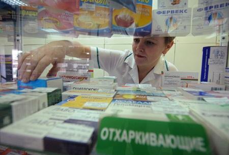 Лекарства подорожают на 5-10% из-за обвала рубля