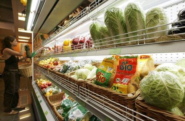 Госдума хочет обязать ритейлеров отдавать 50% полок в магазинах производителям РФ