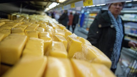 Европейские поставщики сыра смогли обойти российские санкции