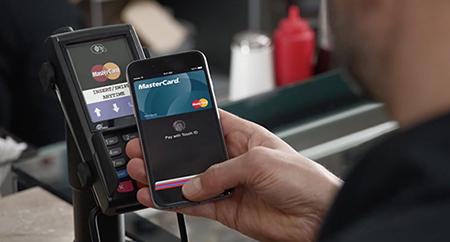 Платежная система Apple Pay выходит на международный рынок в марте 2015 года