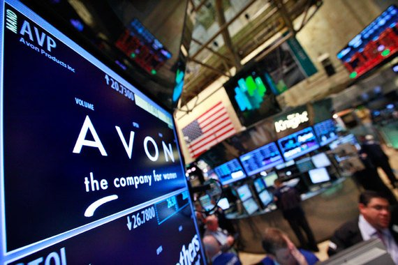 Avon готова продать часть своего бизнеса в США и Канаде