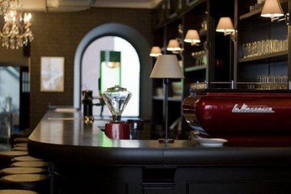 Кафе и рестораны вытесняют бутики из центра Москвы