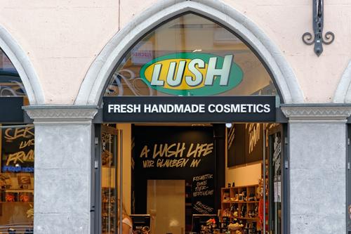 Иностранные производители косметики расширяют производство в России
