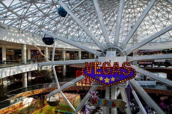 8cad574a43b6 Инвесторы вложили в «Вегас» Кунцево более  300 млн - New Retail