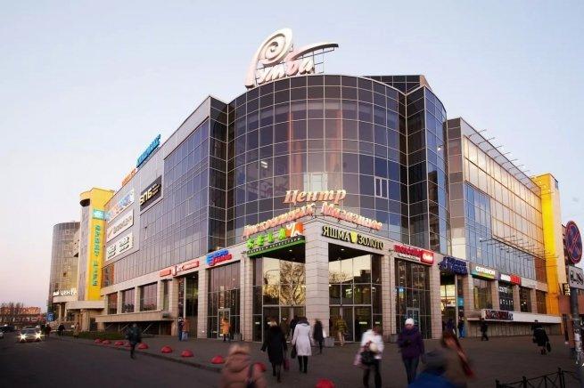 В ТЦ «Румба» в Петербурге открылся дисконтный магазин PUMA - New Retail ceb10e4cdd4