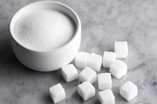 Сахар в рознице подешевел на 21% с начала года