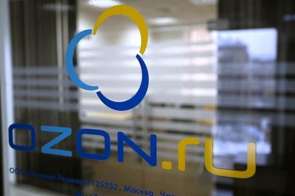 Ozon решил выпускать умные колонки для управления складом