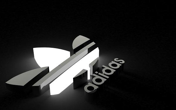 Adidas не будет уходить из Крыма