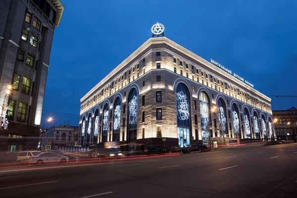 В ЦДМ на Лубянке появились новые магазины - МУЛЬТ, Hey bay, Upixel и Kickmeat