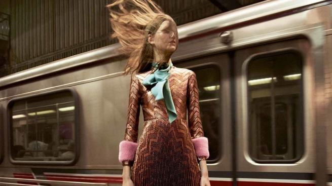 Fashion-дайджест: люксовый tax free и отречение Gucci от похоронных товаров