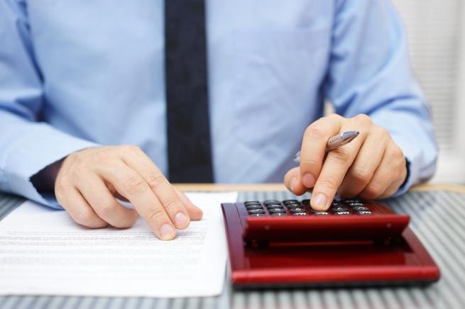 Налоговики стали заранее снимать деньги со счетов компаний
