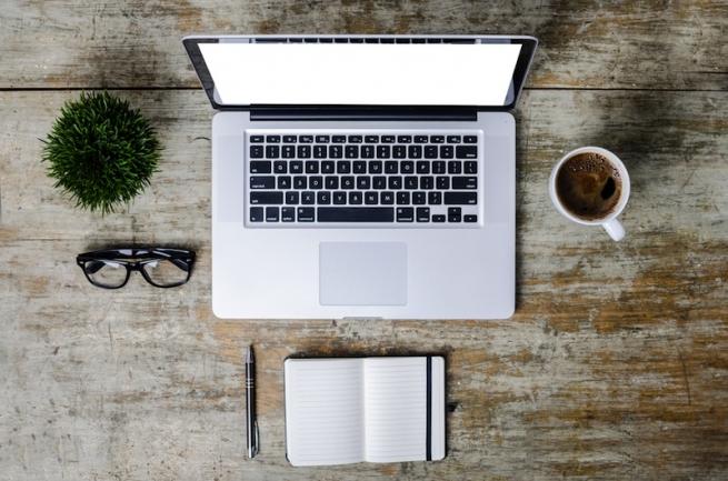 Apple хочет запатентовать MacBook без клавиатуры