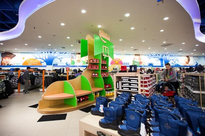 «Детский мир» увеличит продажи российской обуви в 10 раз