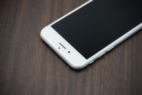 Названа дата старта продаж iPhone 7