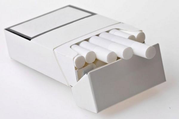 Эксперимент по введению обезличенной упаковки сигарет провалился во Франции
