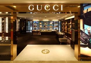 Gucci отказывается от посредников в России