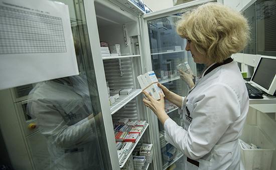 Жизненно важные лекарства могут исчезнуть с российского рынка