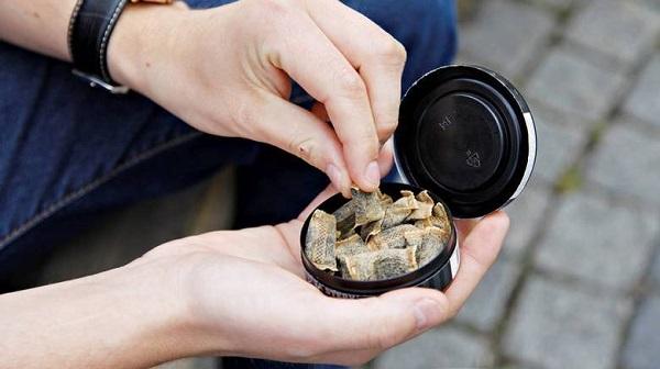 В России запретили розничную продажу сосательного табака