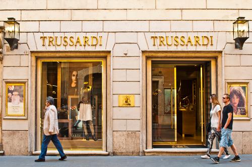 Trussardi создаст линию одежды и аксессуаров для собак